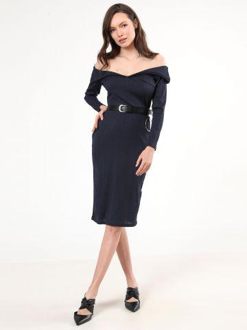 שמלת ריב מידי אוף שולדרס עם חגורה