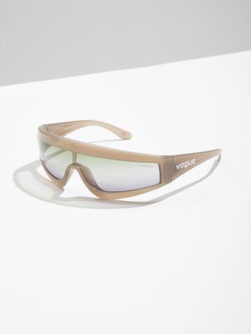 משקפי שמש Visor אומברה Gigi Hadid