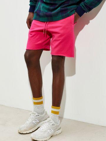 מכנסי טרנינג קצרים עם כיסים UO