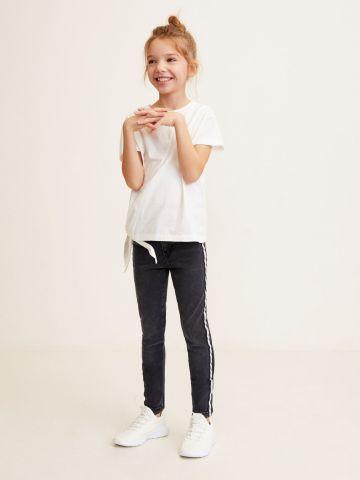 ג'ינס סקיני עם סטריפים