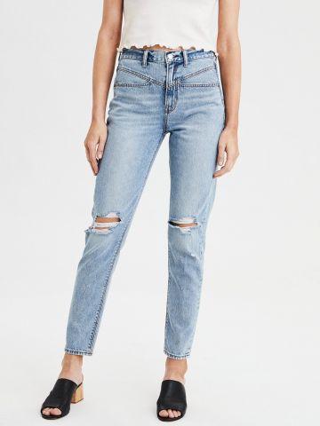 ג'ינס MOM עם עיטורי קרעים