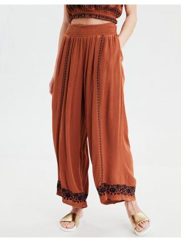 מכנסיים רחבים עם עיטורי תחרה