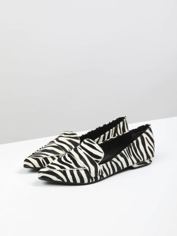 נעלי מוקסין זברה מחודדות