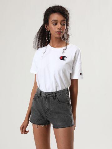 ג'ינס קצר ווש עם סיומת פרומה