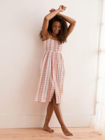 שמלת מידי כיווצים עם כפתורים