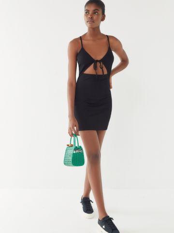 שמלת מיני ריב עם קשירה UO