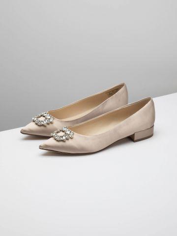 נעלי בובה סאטן בעיטור קריסטלים