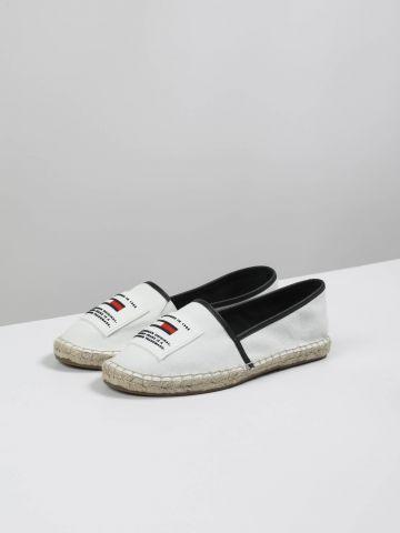 נעלי אספדריל קנבס עם לוגו