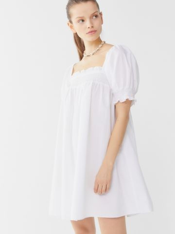 שמלת מיני כיווצים  UO