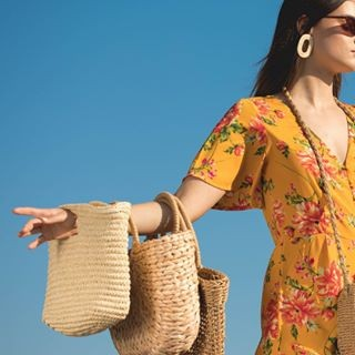 FLORALS + STRAW = SUMMER  #x076990002